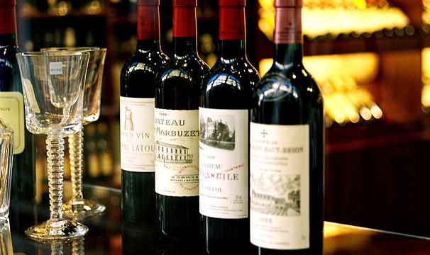 葡萄酒理想的饮用温度