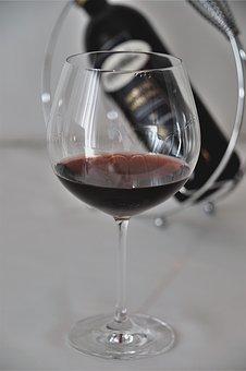 法国葡萄酒真假鉴别方法的步骤
