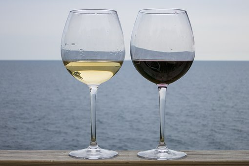 如何来去利用葡萄酒来调制功能各异的面膜呢?
