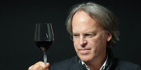 James Suckling宣布2019年度最爱葡萄酒