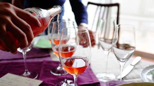 你对葡萄酒的偏好,暴露了你的酒龄,是不是这么一回事呢
