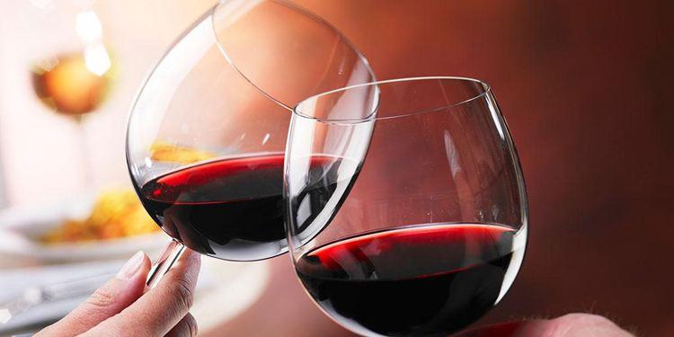 进口葡萄酒没有中文背标,难道这就是假酒了吗