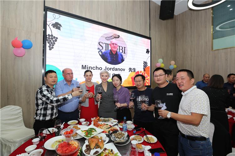 STOBI庄主莅临斯多比深圳运营总部考察