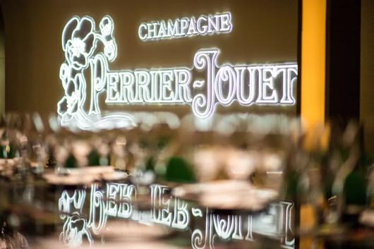 """香槟品牌美丽时光香槟在上海打造""""美丽时光新艺境"""""""