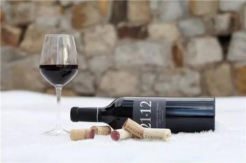 为什么葡萄酒在储存了很长时间后会变成醋