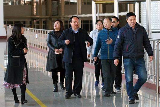 《中国食品安全报》来到南山庄园进行调研