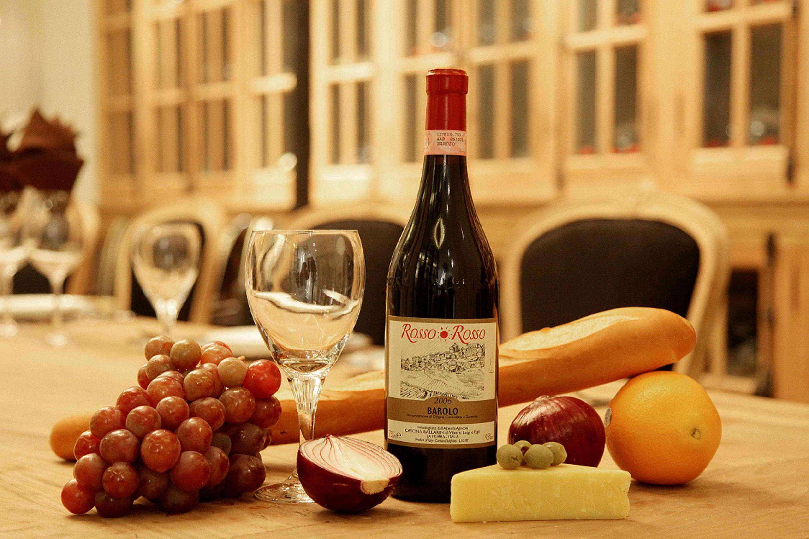 葡萄酒中有热带水果香气,你有感受到吗