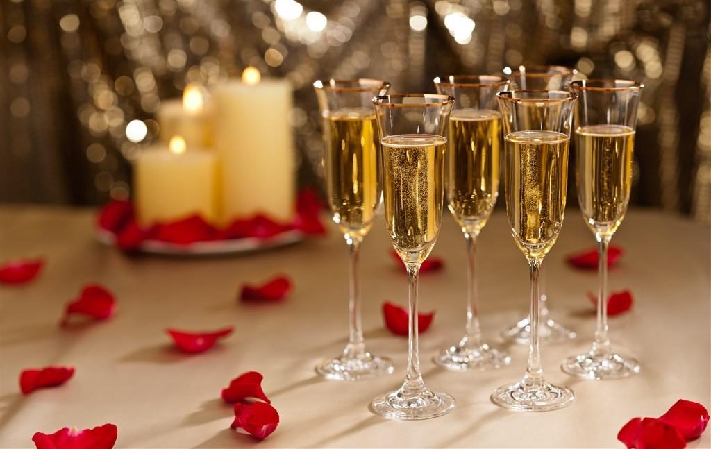 关于香槟与静酒有什么区别