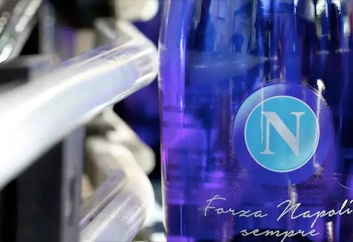 意大利足球队那不勒斯和Sandro Bottega酒庄建立合作关系
