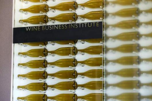 加州北海岸两间大学推出葡萄酒商业学位课程