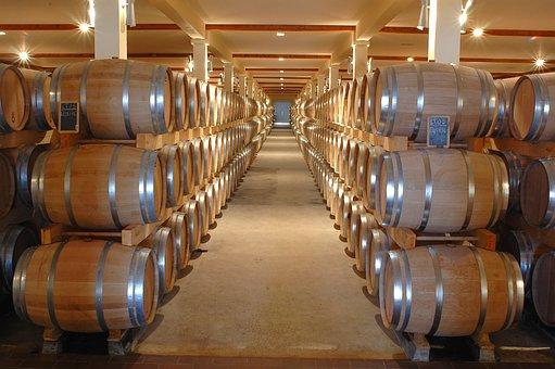 桶的葡萄酒是怎样的呢?大家有没有品尝过其的味道呢?