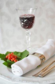 品尝过布鲁奈罗红葡萄酒吗?其的口感味道是怎样?