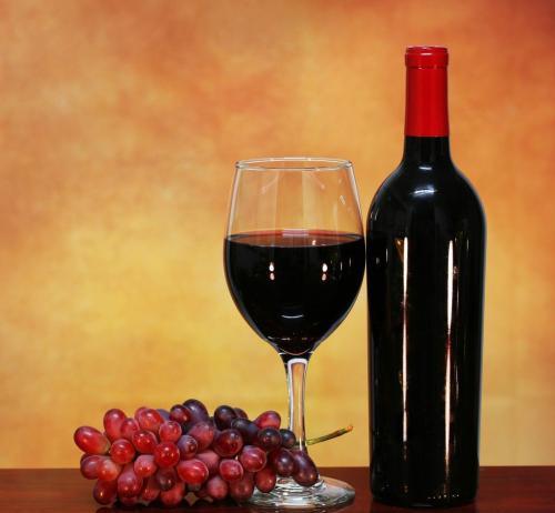 怎样来去鉴定进口葡萄酒呢?大家是否知道方法呢?