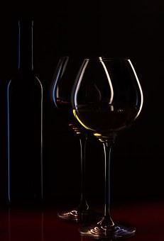 为什么白葡萄酒的气质是偏冷的呢?