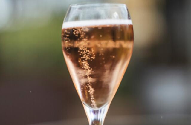 """起泡酒的经济""""泡沫""""还会继续上升吗"""