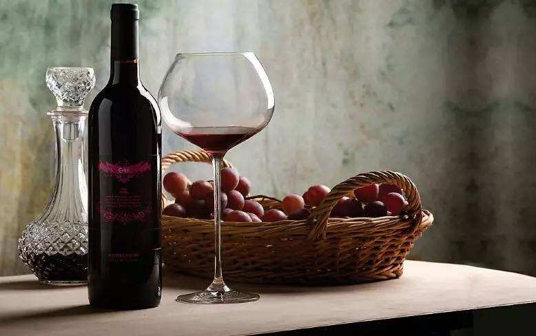 """葡萄酒不是""""全能配"""",喝葡萄酒有哪些禁忌?"""