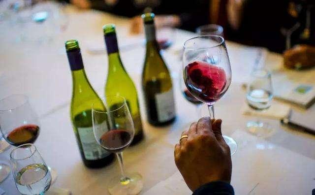 葡萄酒配餐是怎么搭配呢