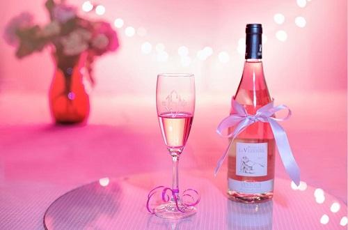 桃红葡萄酒如何酿造?