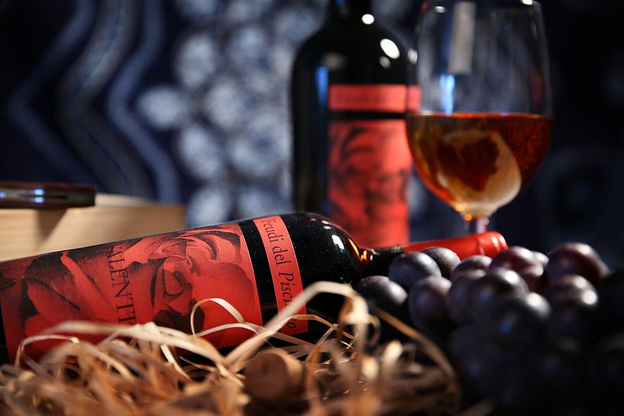 睡前喝杯红酒都有什么功效呢?