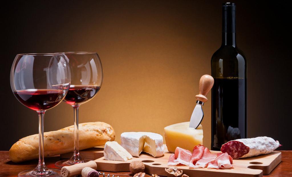 喝酒对健康的好处有哪些呢?