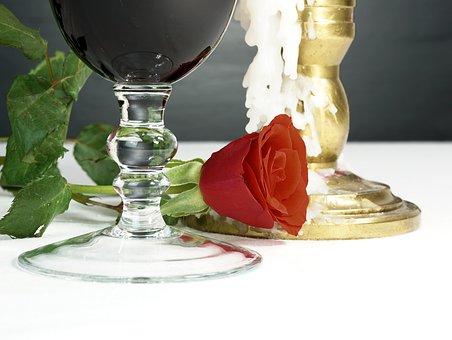 大家知道葡萄酒瓶容积大小的学问内容吗?