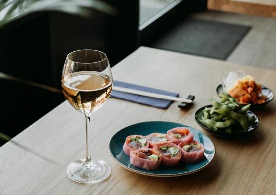 在春天的早晨啜饮:5种最好的早午餐葡萄酒