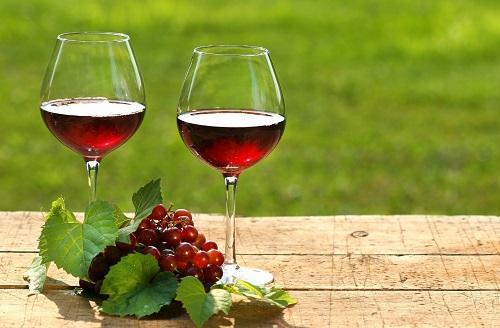 红酒让你拥有好肌肤,红酒可以美容吗
