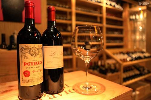 制作桃红葡萄酒的过程与制作是怎么样的呢