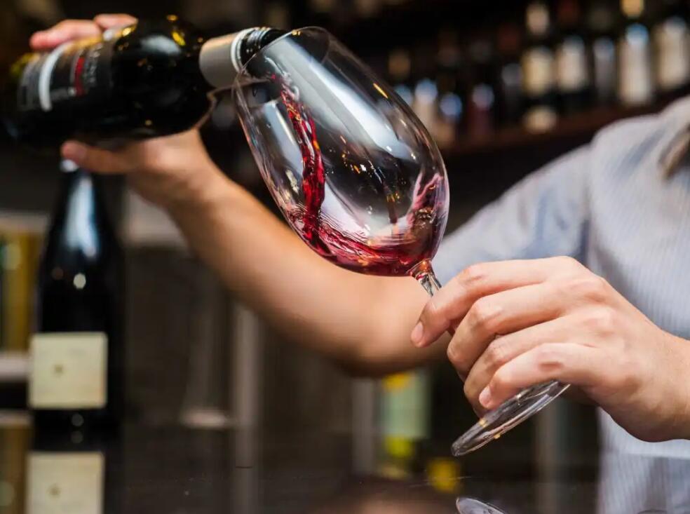 直播帶貨賣葡萄酒,還需要品牌營銷嗎?