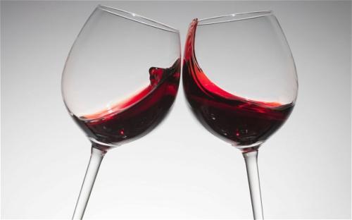红葡萄酒配黑巧克力对健康有益吗