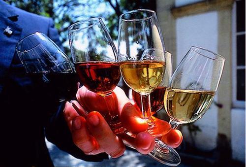 葡萄酒怎么搭配食物呢