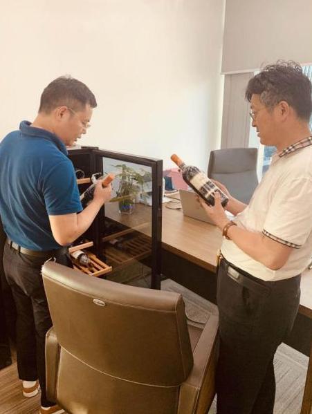 萄乐荟邀请纪元控股张铭博士指导红酒营销商模式