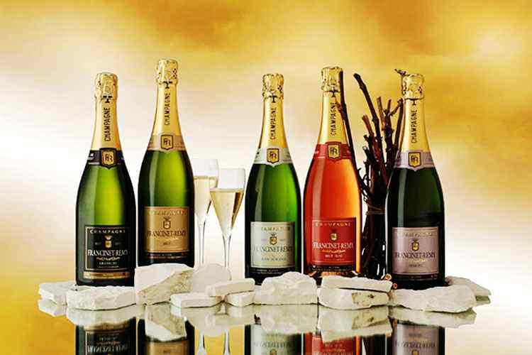 法国兰斯旅游局提供免费香槟,促进旅游业发展
