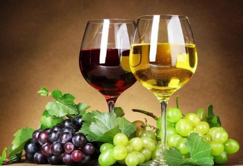 葡萄酒的营养是很丰富的