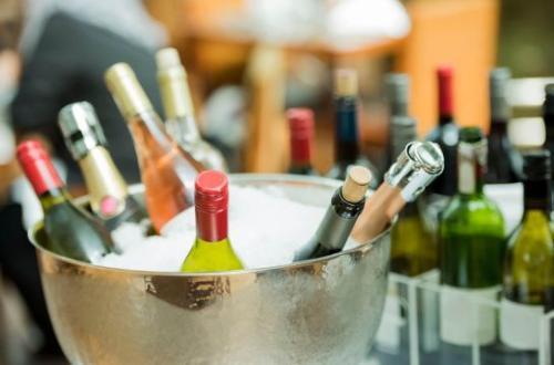 喝葡萄酒可以减少压力吗