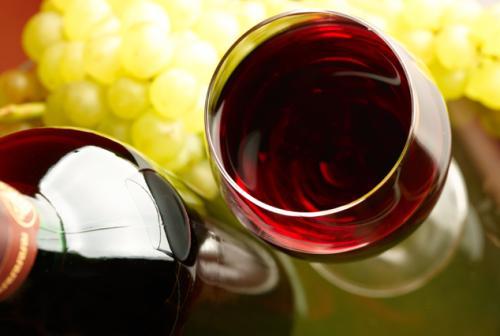 怎样品尝红酒才是正确的呢