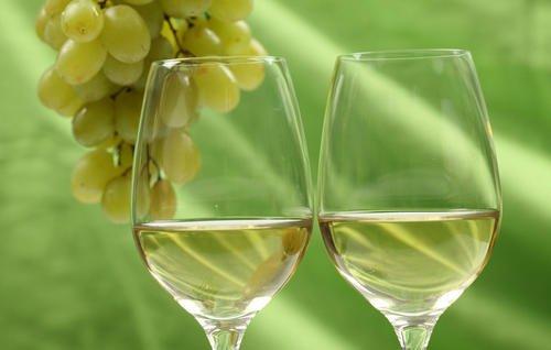 葡萄酒可以美容养颜