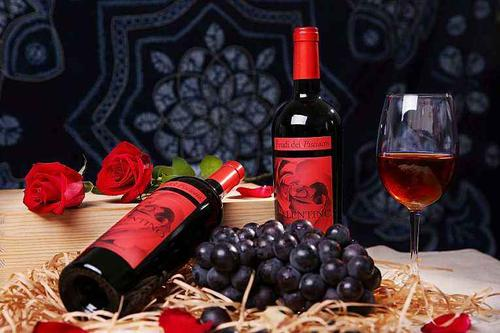 家庭自酿葡萄酒这8点是要注意的