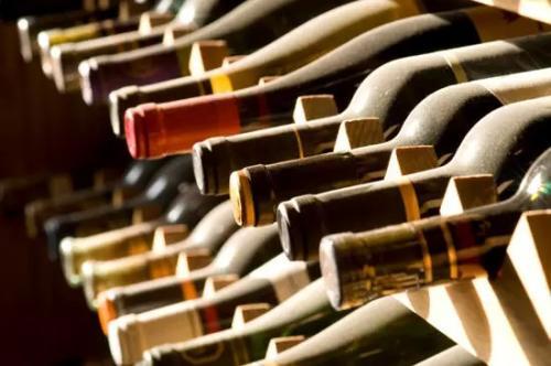 品尝葡萄酒其实就是享受浪漫