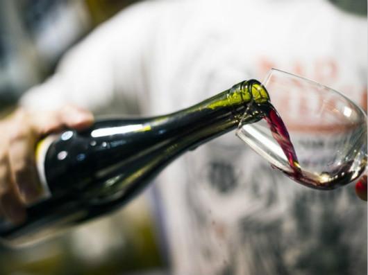 2020年1-8月全国规模以上酿酒企业营业收入累计达到5129.5亿元