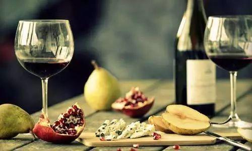 每天一杯葡萄酒有哪些好处