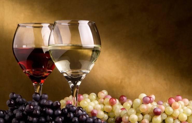 葡萄酒的颜色与香味是怎么来的呢?