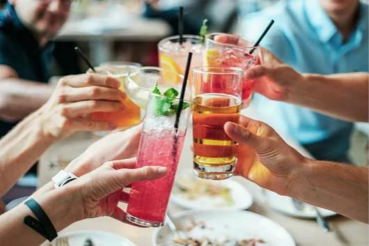 2020年全球酒类市场总销量同比下滑8%
