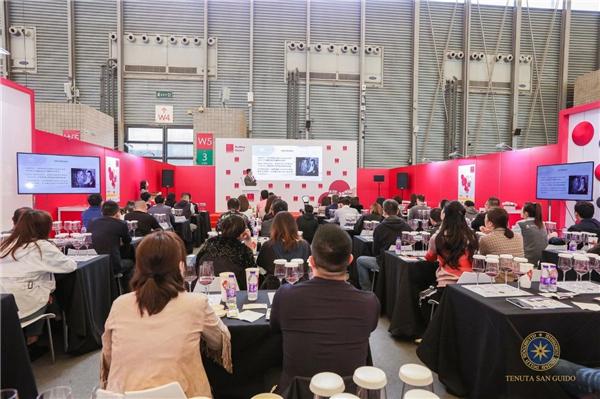 西施佳雅品牌推广大使发布暨品鉴会日前在上海举行