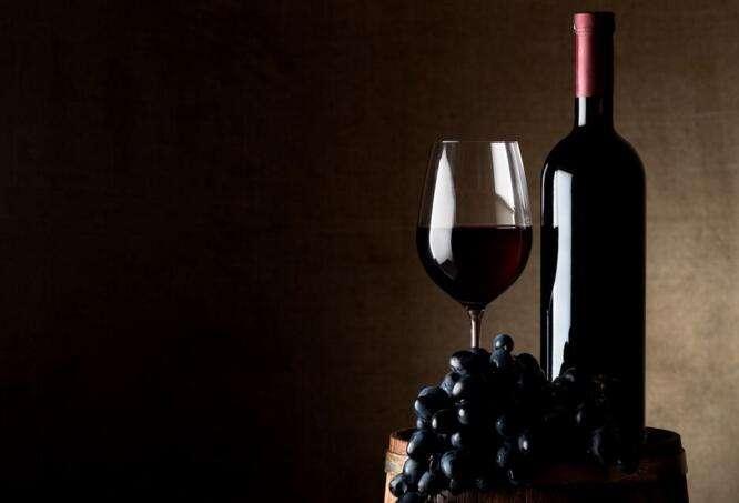 品尝葡萄酒时要知道哪些礼仪