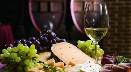 科学解说葡萄酒的作用