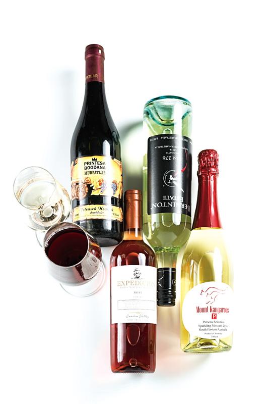 不同葡萄酒侍酒多少温度合适呢