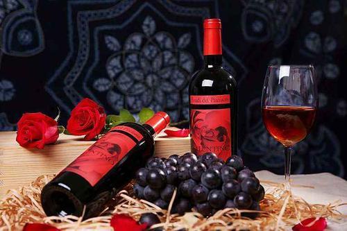 品鉴葡萄酒的3步曲,你会喝葡萄酒吗
