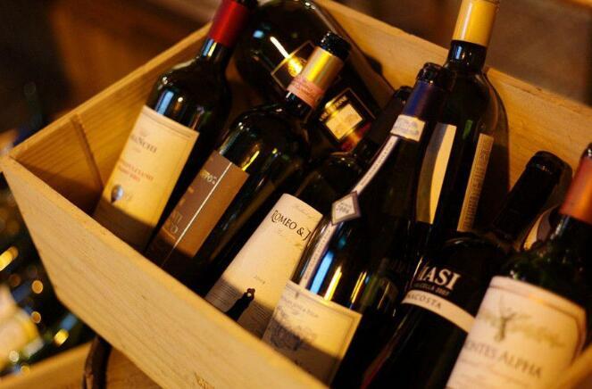 17000瓶法国葡萄酒顺利通过成都清关