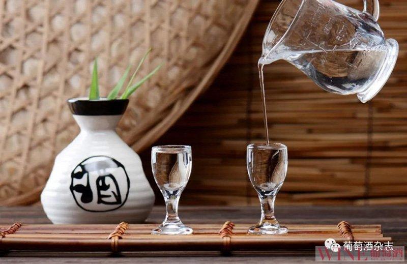 白酒对应英文为:Chinese Baijiu,2021年1月1日起正式执行